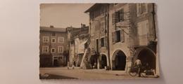 Belle Cpsm 39 Jura Arinthod La Place Et Les Arcades - Andere Gemeenten