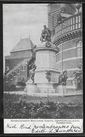 CPA ANGLETERRE - Stratford-on-Avon, Shakespeare's Memorial Statue - Stratford Upon Avon