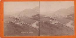 Carte STEREOSCOPIQUE LOURDES . Panorama De Lourdes  (Sur Carton Rigide 8,5 X 18 Photo P. VIRON Lourdes) - Cartoline Stereoscopiche