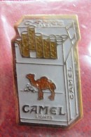 Camel Lights (Cigarettes) - Modèle 8 - Marche