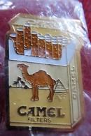 Camel Filters (Cigarettes) - Modèle 1 - Marche