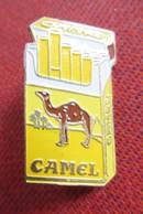 Camel Filters (Cigarettes) - Modèle 2 - Marche