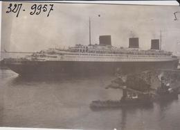 "PH. N.Y.T. - Le "" LAFAYETTE "" 5/5/38 ( 7.8 X 8.2 Cm.) - Boats"