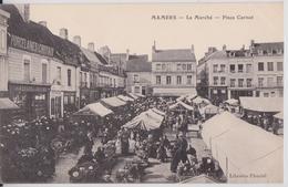 MAMERS (Sarthe) - Le Marché Place Carnot  Porcelaines Cristaux - Mamers