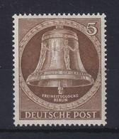 Berlin 1953 Glocke Mitte 5 Pfg-Wert Mi.-Nr. 101 **  - [5] Berlin