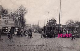PHOTO ; Lille : Rue De Faubourg De Roubaix ; Photo D'une Ancienne Carte Postale, 2 Scans - Lieux