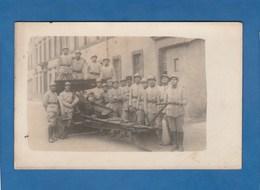CARTE PHOTO GROUPE DE SOLDATS - Fotografia