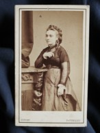 Photo CDV Dupont à Bruxelles - Jolie Jeune Femme, Circa 1875 L500 - Photos