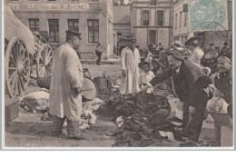 GONNEVILLE LA MALLET : Le Tambour De Ville à La Brocante - Très Bon état - France