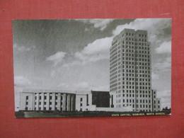 State Capitol   North Dakota > Bismarck  Ref 4038 - Bismark