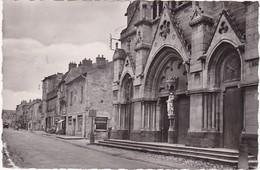 Puy De Dome : AIGUEPERSE : La Grande Rue - Façade De L'église N.D. - Devanture De Coiffeur - ( C.p.s.m. - Photo Vérit. ) - Aigueperse