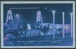 Exposition Coloniale Internationale Paris 1931 - La Nuit - Porte D'Honneur Cité Des Informations - N°2402 F Braun Edit. - Mostre