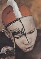 Afrique > A Nuba Man Putting On A Mask - Ansichtskarten