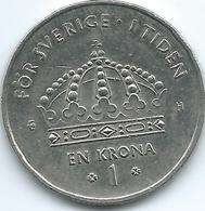 Sweden - 2003 - 1 Krone - Carl XVI Gustaf - KM894 - Larger Crown Trefoils - Suecia