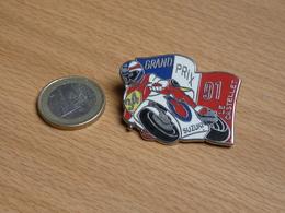 MOTOS .MOTO  SUZUKI GRAND PRIX 1991 LE CASTELET. 2 POINTES ZAMAC. - Motorfietsen