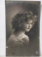 Portrait Enfant. Grete Reinwald ? - Portraits