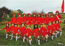 Section Des MINI-MAJORETTES Championne De France Catégorie Honneur -  Royan 14-15- Juin 1975  70100 GRAY - Gray