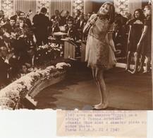 - PHOTO De SANDIE SHAW En 1967 - 030 - Berühmtheiten