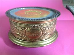 Belle Boite Métal Doré CHOCOLAT MEUNIER  Laiton?, Diamètre 125mm, Haut 55mm, Poids 220 Grammes Env. - Boxes