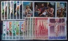 SAINT-MARIN ANNEE COMPLETE 1967 N° 687 à 709 COTE 8 € NEUFS ** MNH  23 VALEURS - San Marino