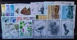 SAINT-MARIN ANNEE COMPLETE 1977 N° 930 à 954 COTE 11,60 € NEUFS ** MNH  24 Valeurs (manque N° 949 ) - San Marino