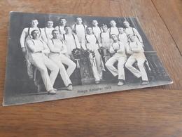 MAENNER IN DEUTSCHLAND DAZUMAL - RIEGE KNUEPFER - 1912 - STRAMME JUNGS IN WEISS MIT KRAENZEN - TURNEN - Athlétisme