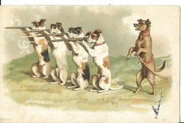 FANTAISIE   CHIENS  SCENE  GROUPE  AVEC FUSIL COULEURS TIRAGE 1900 - Hunde