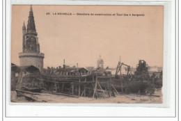 LA ROCHELLE - Chantiers De Construction Et Tour Des 4 Sergents - Très Bon état - La Rochelle