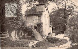 B67085 Cpa Versailles - Le Moulin , Hameau Du Petit Trianon - Versailles (Castillo)