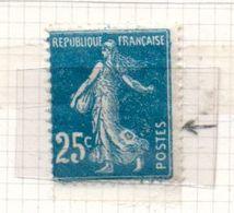 FRANCE N° 140 25C BLEU TYPE SEMEUSE CAMEE 5 ENTAME ET DEFAUT A LA JUPE NEUF CHARNIERE LEGERE - Curiosités: 1900-20 Neufs