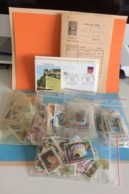 Lot En Vrac Timbres à Thème Du Monde Voir Pays + 16 FDC Avec Défaut Et Flammes France  Plusieurs Photos (lot N°25 ) - Stamps