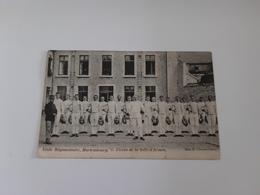 MARIEMBOURG Ecole Regimentaire Eleves De La Salle D Armes - Couvin