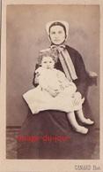 PHOTO ANCIENNE  CDV  PORTRAIT DE FEMME NOURRICE COIFFE ENFANT BRESSANE  PHOTO CANARD A LOUHANS SAONE ET LOIRE - Anciennes (Av. 1900)