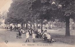Moulins Un Coin Du Jardin Public - Moulins