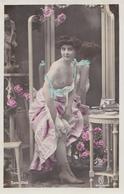 Femme Mi-nu- Collection KF 2145/ AUTRE CLICHE - Nus Adultes (< 1960)