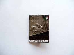 Spilla Distintivo Concorso Internazionale Di Equitazione Patrono Torino 1939 - Otras Colecciones