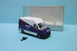 Busch - PEUGEOT BOXER Maes Pils Camionnette Réf. 47383 Neuf HO 1/87 - Echelle 1:87