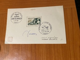 Musée De La Poste - Hommage à DECARIS  - Signature DECARIS  ( Port Offert ) - Documentos Del Correo