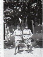 V05A   Photo De 2 Militaires Soldats Spahis - Uniformen