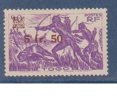 TOGO           N°  YVERT  : 233 NEUF AVEC  CHARNIERES      ( Charn   3/02  ) - Togo (1914-1960)