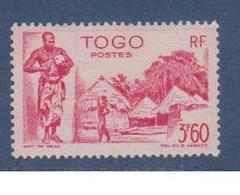 TOGO           N°  YVERT  : 246   NEUF AVEC  CHARNIERES      ( Charn   3/03  ) - Neufs