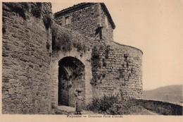 CPA,Puycelsi, Deuxieme Porte D'entrée, Animée - Altri Comuni