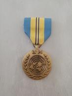 16046     MILITARIA   MEDAILLE/DECORATION   CIVIL OU MILITAIRE - Medals