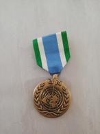 16048     MILITARIA   MEDAILLE/DECORATION   CIVIL OU MILITAIRE - Medals