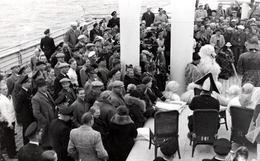C. Photo Originale Eisbär & Déguisement Ours Polaire En Croisière Parmi Les Passagers Sur Le Pont & Spectacle Vs 1940/50 - Anonieme Personen