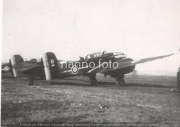 PHOTO AVION      BLOCH 174 N°24 EL AOUINA 1942 233 ACCIDENTé LE 21XI42   RETIRAGE REPRINT - Aviation
