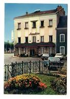 OPEL Diplomat, FIAT 124 Coupé, à Chagny (71) - Voitures De Tourisme
