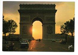 OPEL Diplomat, PEUGEOT 404 Taxi, à Paris - Voitures De Tourisme