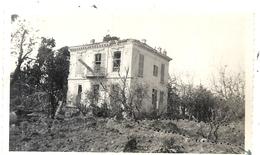 VILLA A ST LAURENT DU VAR . BOMBARDEMENT  DU 16/04/1944 - Orte