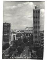 6040 - MILANO PIAZZA DELLA REPUBBLICA IL PIU' ALTO GRATTACIELO DEL MONDO IN CEMENTO ARMATO 1956 - Milano (Milan)